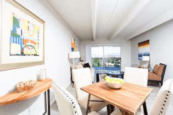 1044 Downing apartments for rent at AptAmigo