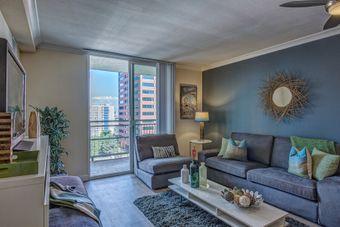 Skyline 1801 apartments for rent at AptAmigo