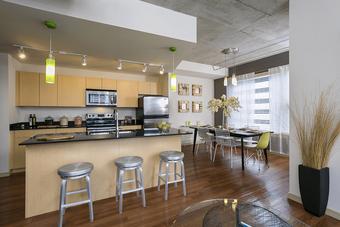 Solera apartments for rent at AptAmigo