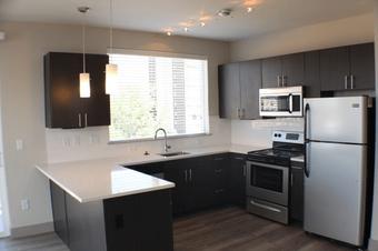 X at Sloans apartments for rent at AptAmigo