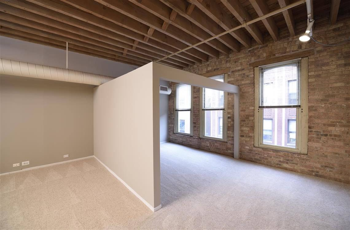 Best apartment rental service in Chicago - Cobbler Square Lofts