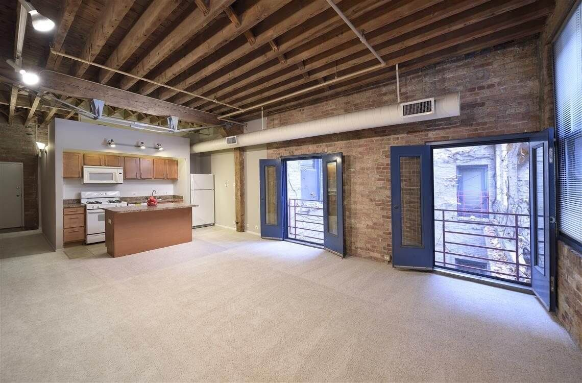 Best apartment search site in Chicago - Cobbler Square Lofts