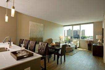 Halsted Flats apartments for rent at AptAmigo