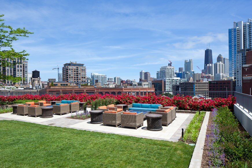 Best apartment rental service in Chicago - Kingsbury Plaza
