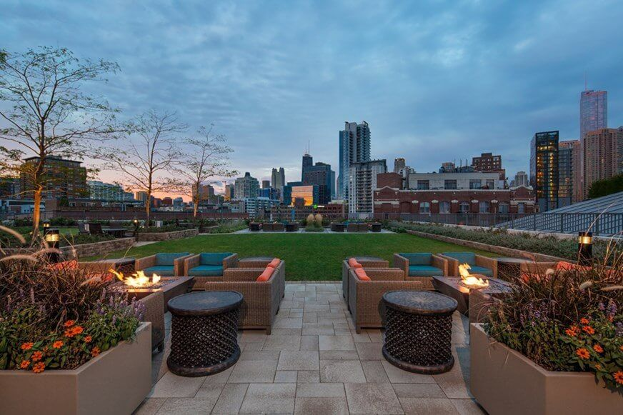 Best apartment hunting service in Chicago - Kingsbury Plaza