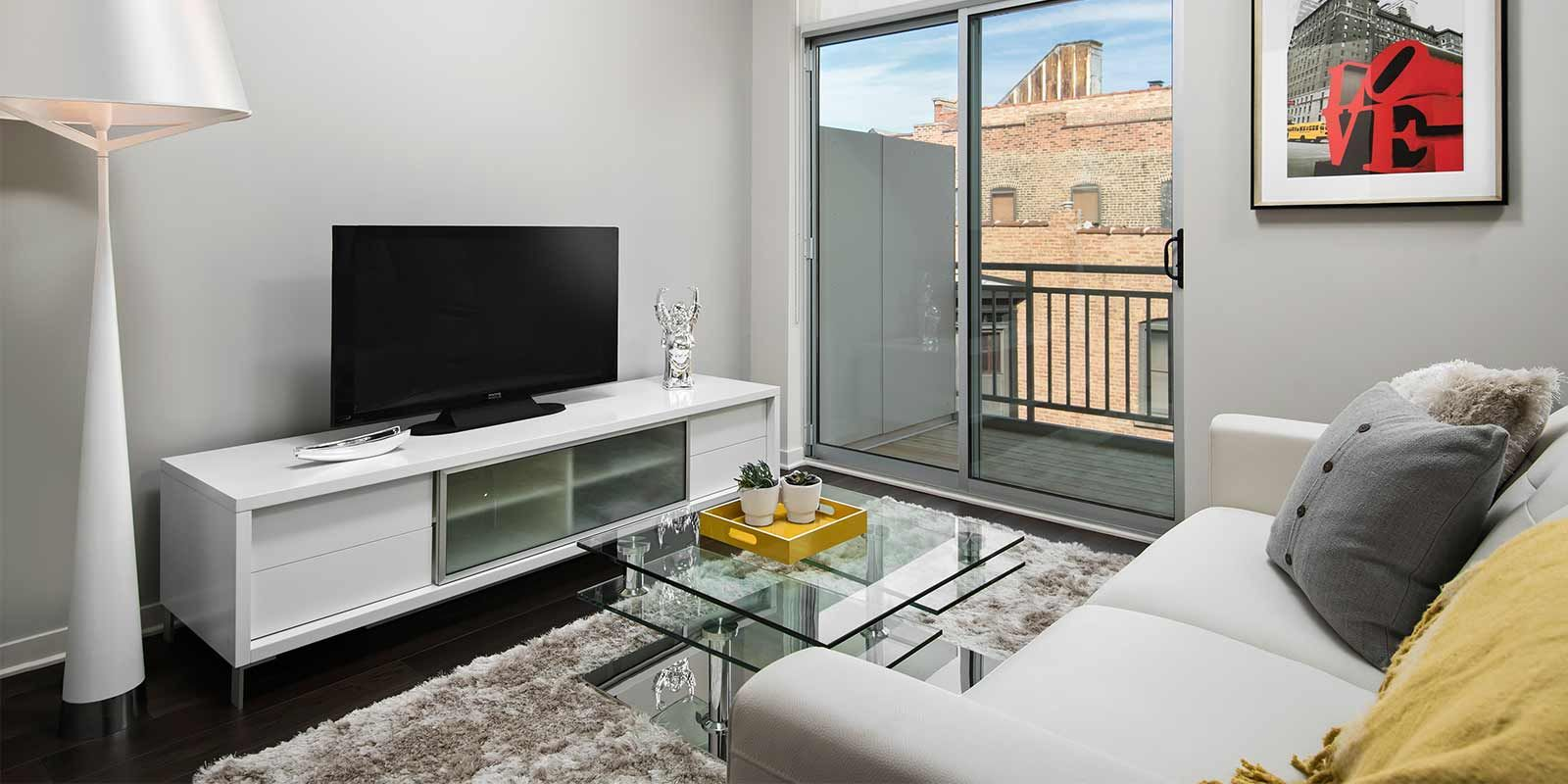 luxe on madison chicago reviews apartments for rent luxe on madison