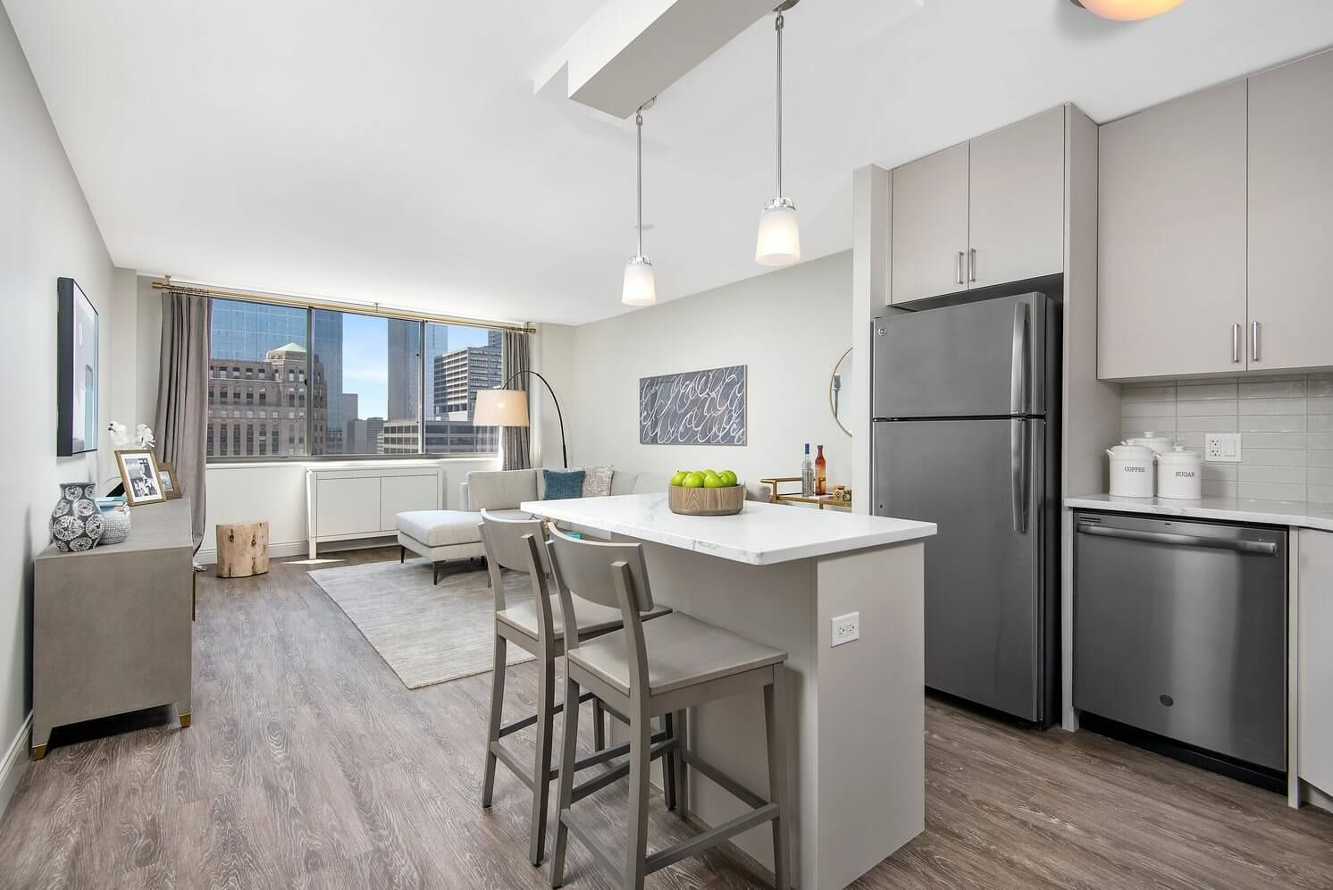 Best apartment rental service in Chicago - River North Park