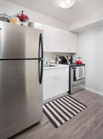 Twin Towers apartments for rent at AptAmigo