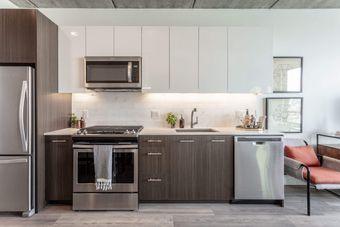 Wicker Park Connection apartments for rent at AptAmigo