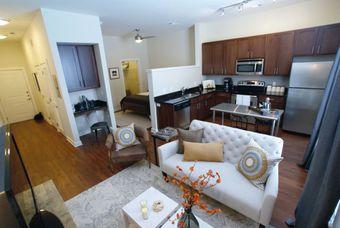 Pine Street Flats apartments for rent at AptAmigo