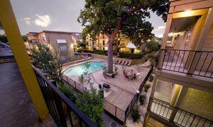 Oak Park apartments for rent at AptAmigo