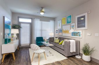 Pearl Lantana apartments for rent at AptAmigo