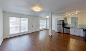 River Oaks apartments for rent at AptAmigo