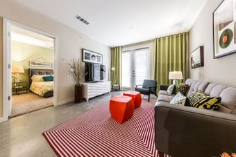 The 704 apartments for rent at AptAmigo