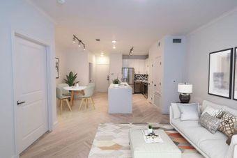Fitzhugh Urban Flats apartments for rent at AptAmigo