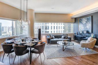 One Dallas Center apartments for rent at AptAmigo