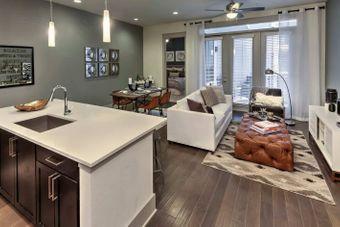 Windsor Fitzhugh apartments for rent at AptAmigo